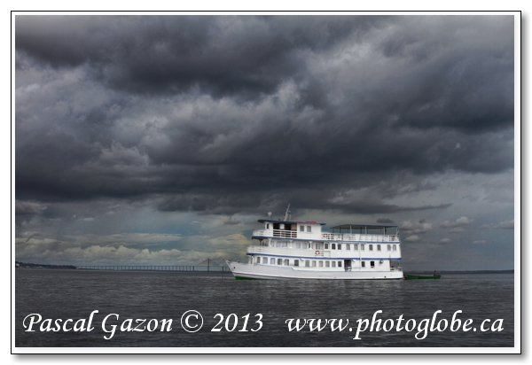 20130416_La jungle au Brésil__MG_1883+tucano ship no name.jpg