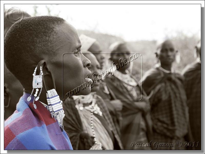 _MG_4423+C+Femme-Masai-Oreille